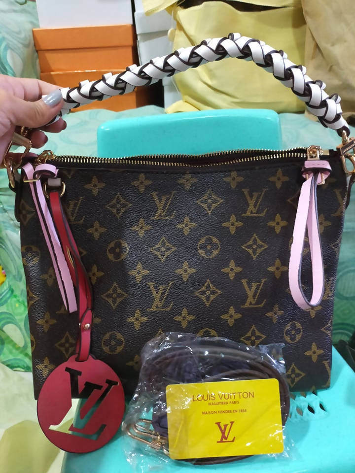 LV WOMENS BAG