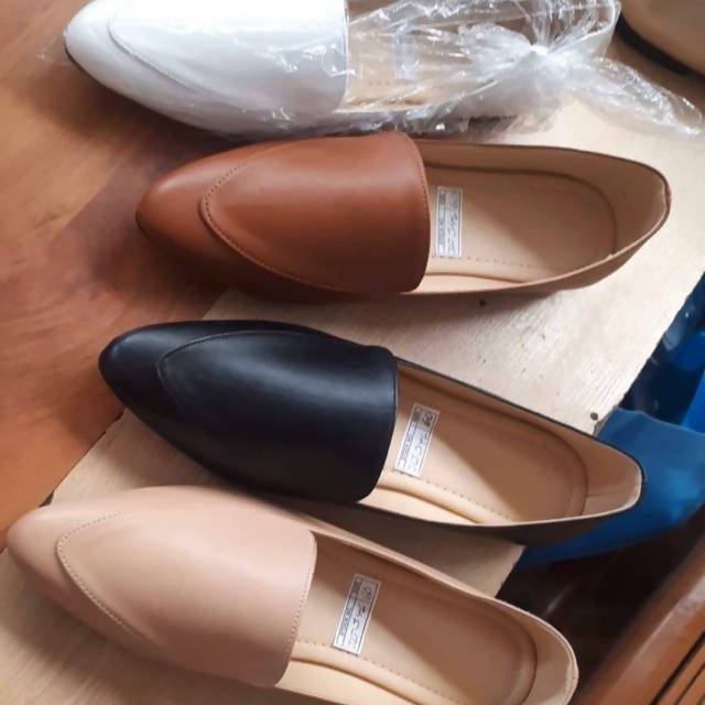 JLT 346 Plain & Simple Pointed Shoes