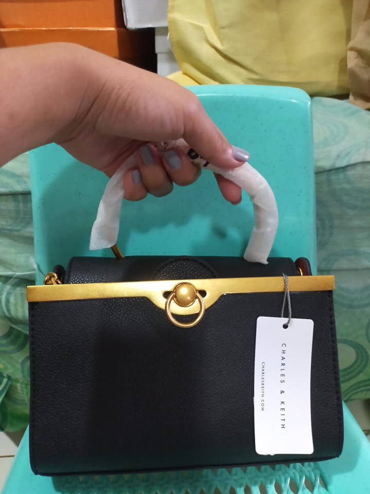 CK WOMENS BAG ( IMPORTED BAGS)