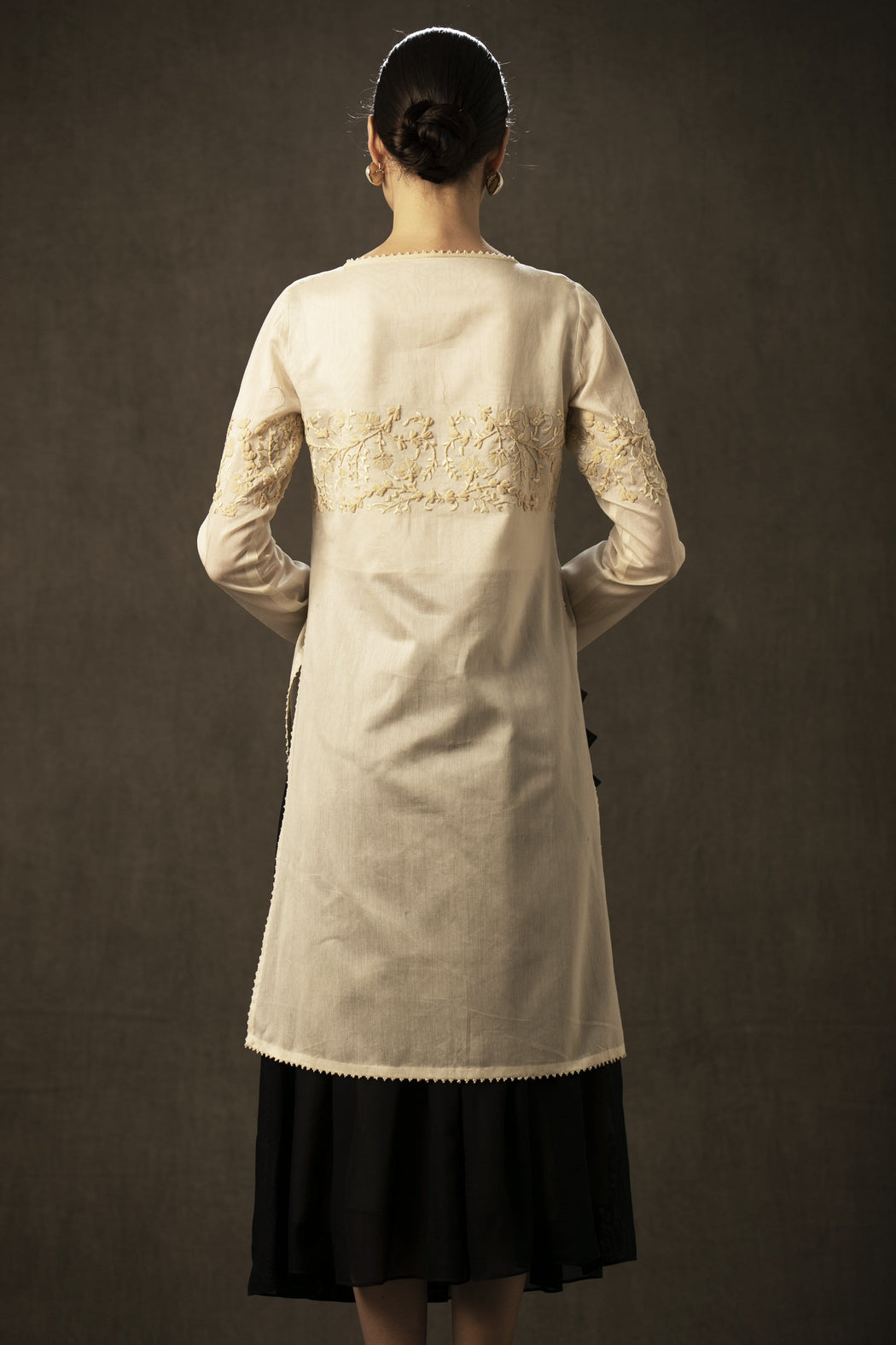 BIRDWALK  EMBROIDERED LONG KURTA
