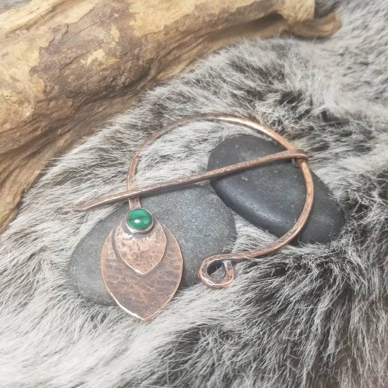 Malachite Cloak Pin, Metal Shawl Clasp, Handmade Rustic Copper Viking Penannular Brooch.