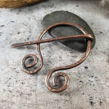 Load image into Gallery viewer, Rustic Copper Penannular Scarf Pin,  |  Cloak Pin | Celtic Penannular Brooch | Metal Shawl Pin