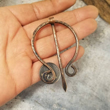Load image into Gallery viewer, Canadian Penny Cloak Clasp, Metal Shawl Pin, Handmade Rustic Copper Viking Penannular Pin