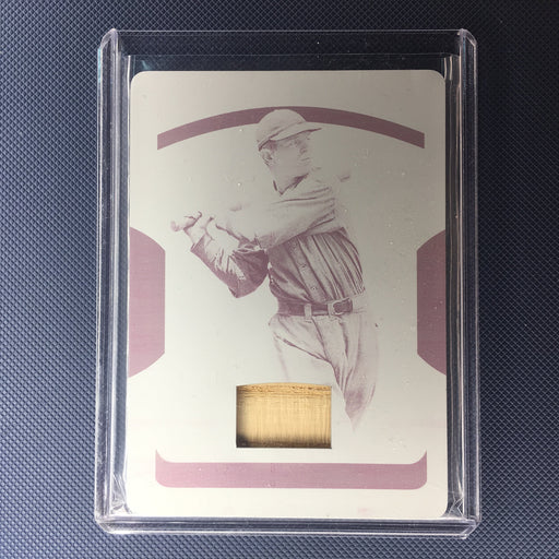 2018 National Treasures JOE SEWELL Magenta Printing Plate Bat Piece 1/1-Cherry Collectables