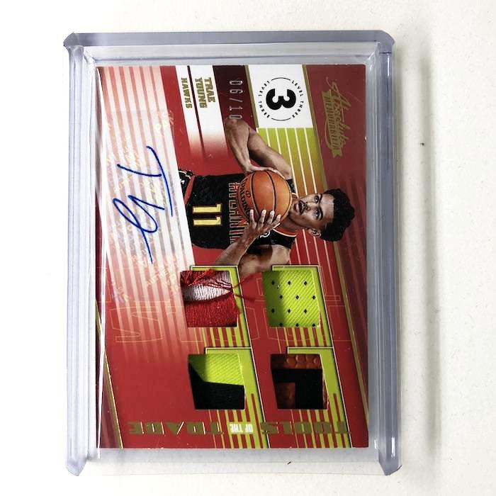 18-19 Absolute Memorabilia TRAE YOUNG Level 3 Patch Auto RC /10