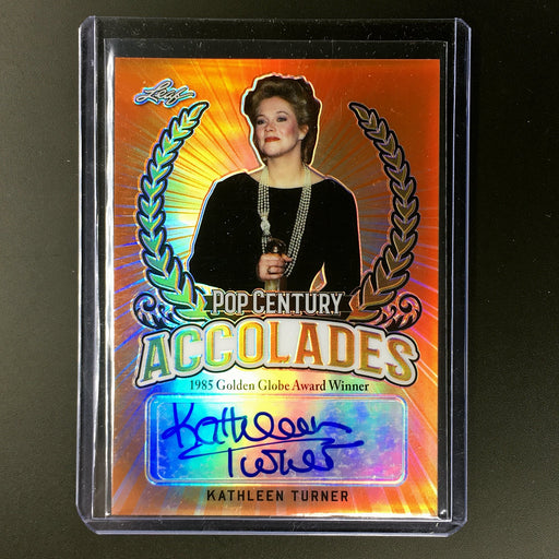 2018 Leaf Pop Century KATHLEEN TURNER Auto Red 5/5-Cherry Collectables