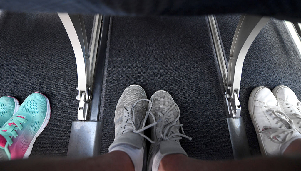 Compression socks for flying can prevent foot odor