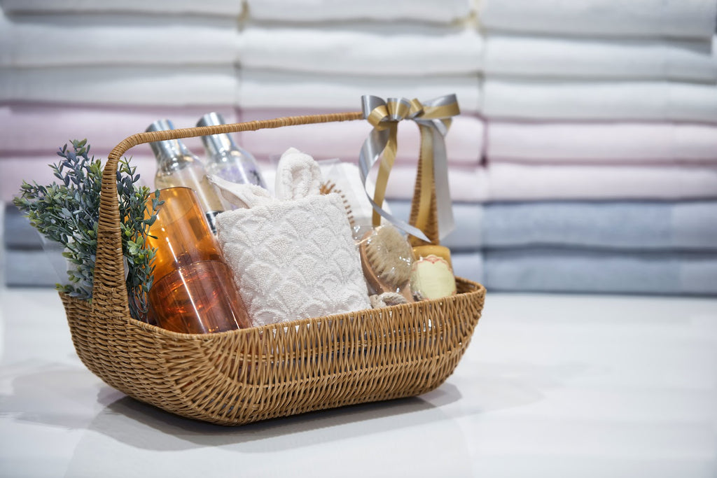 Gifts for teachers: Spa gift basket