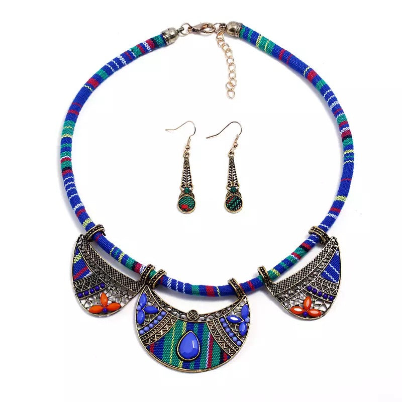 The Trice Blue Necklace Set