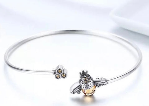 Queenie Bee Sterling Silver Bangle