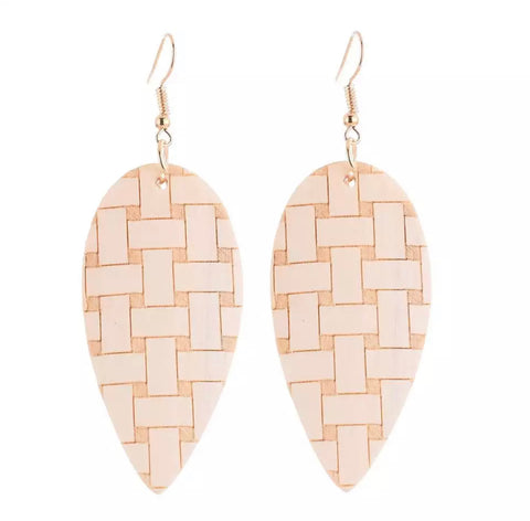Tabatha Natural Earrings