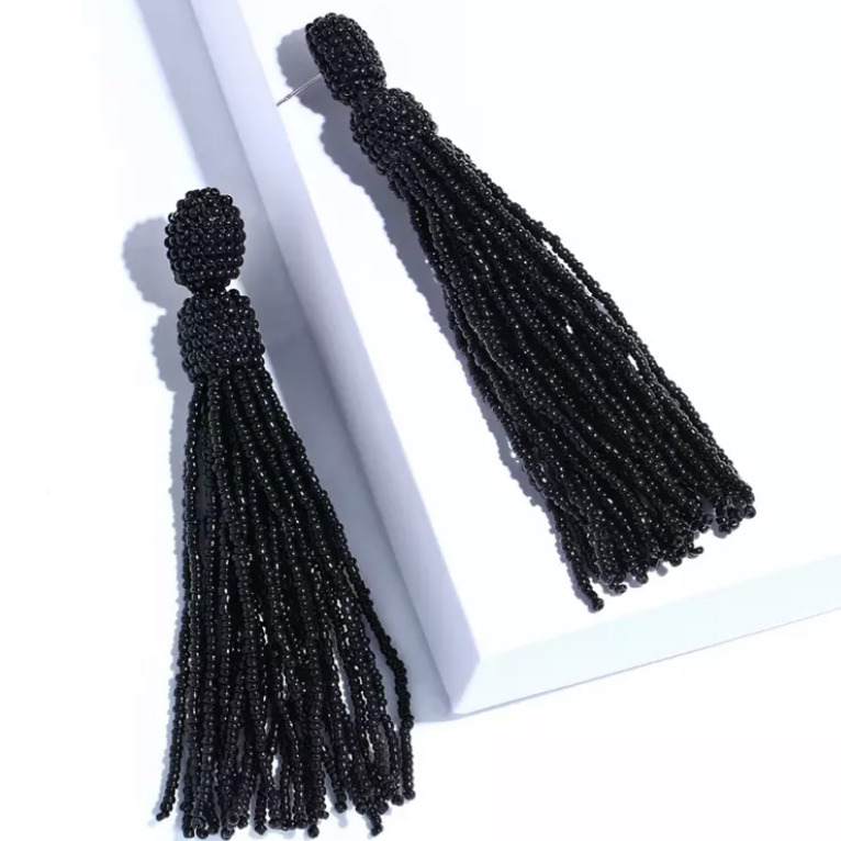 Anais Black Earrings