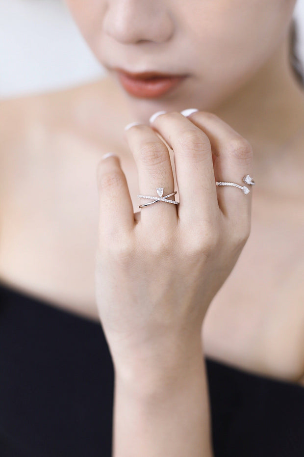XCross Diamond Ring