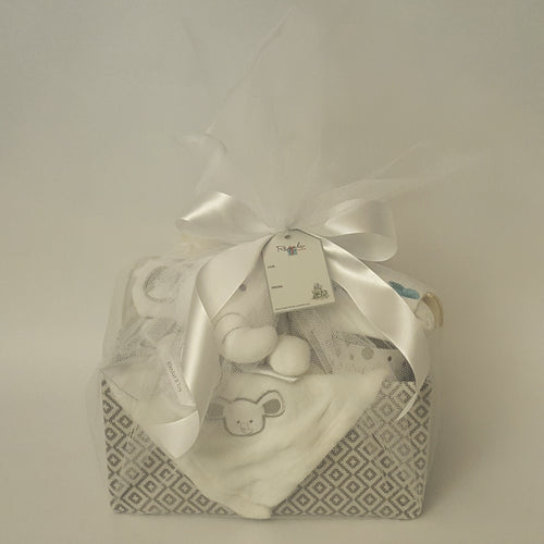 Baby & Mum Luxury Hamper - White