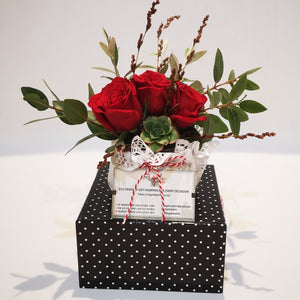 Red Roses Mini Bouquet