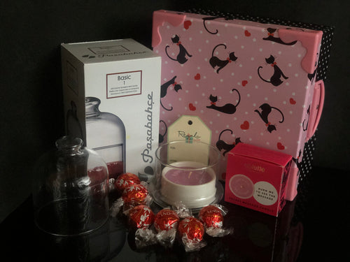 Candle & Chocolates Gift Box
