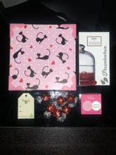 Load image into Gallery viewer, Candle & Chocolates Gift Box