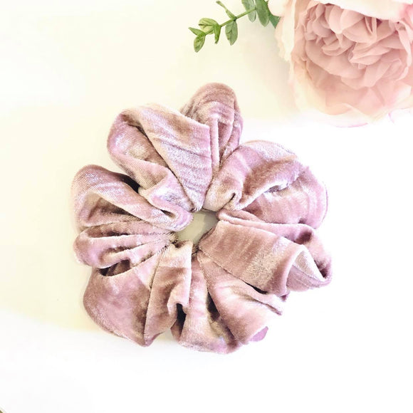 Velvet Scrunchie - Blushing Pink