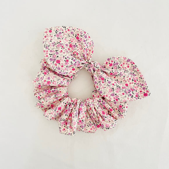 Bow Scrunchie - Pink Poppy