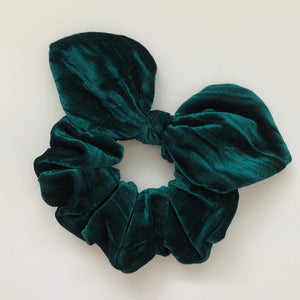 Bow Scrunchie - Emerald Velvet