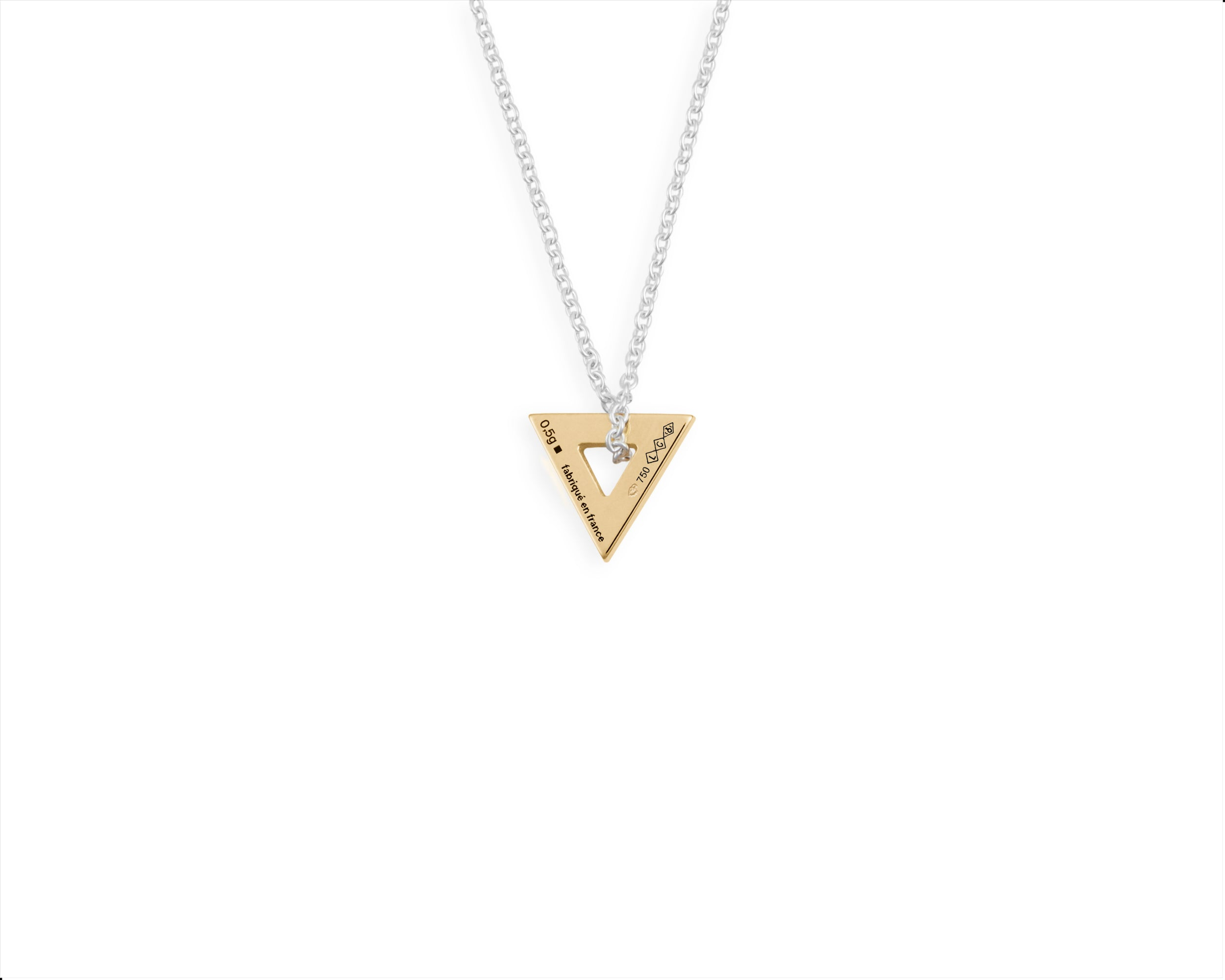 collier triangle le 0,5g