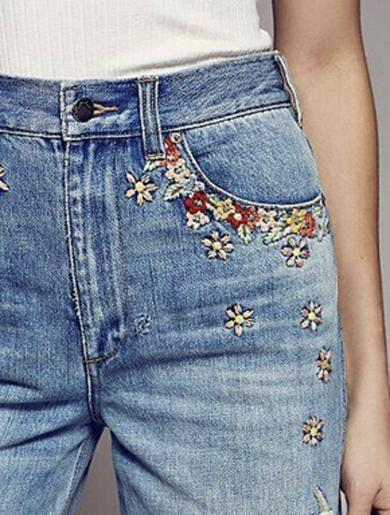 Blue Exquisite Embroidery Jeans