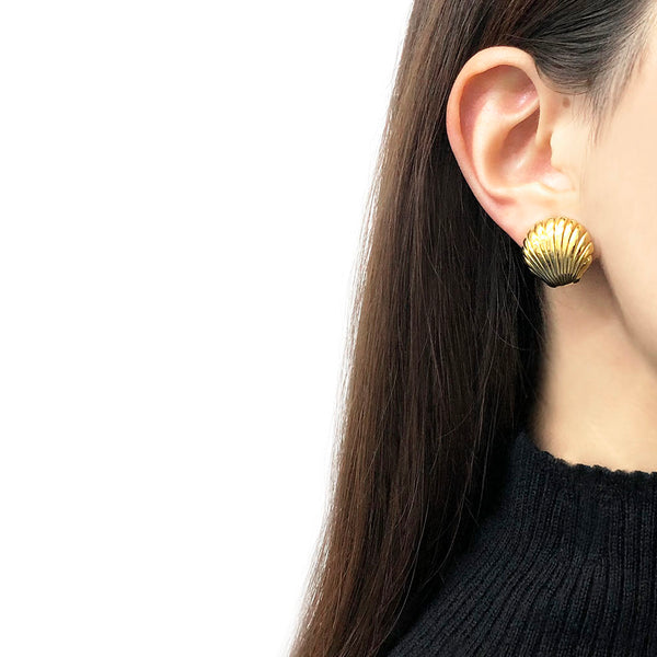 【LA買付】ヴィンテージ ゴールド シェル イヤリング/Vintage Gold Shell Clip On Earrings