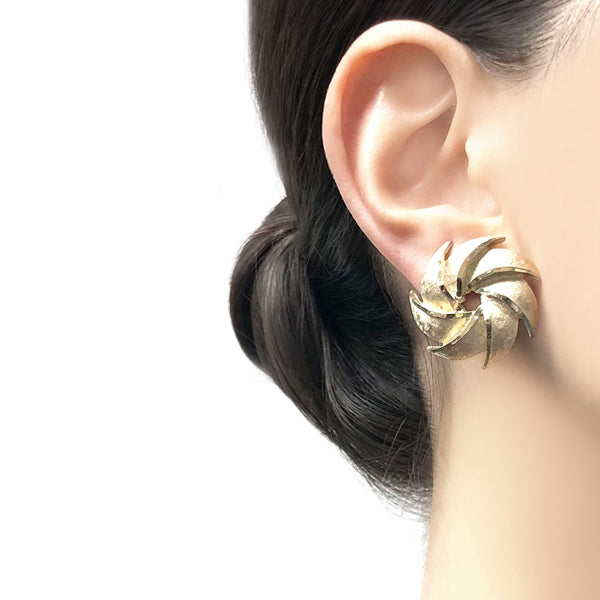 【USA輸入】ヴィンテージ B.S.K イヤリング/Vintage B.S.K Clip On Earrings