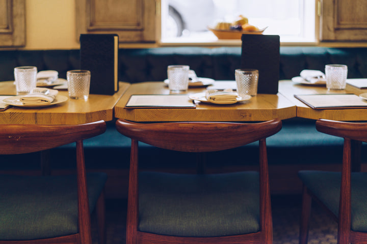 files/wood-set-table-at-restaurant.jpg