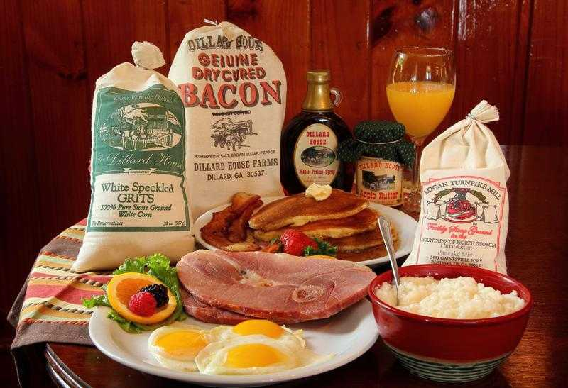 Deluxe Country Breakfast Box - Dillard House Gifts