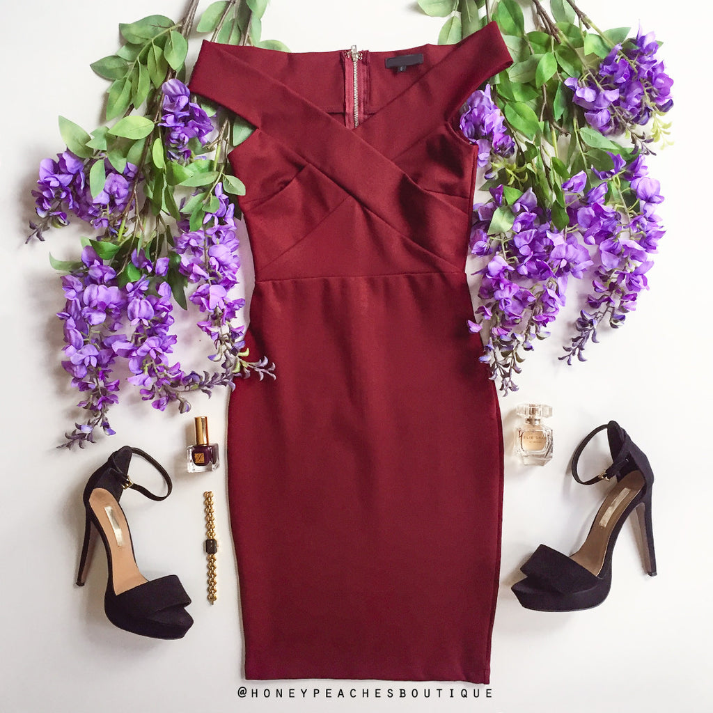 Night Of Romance Off Shoulder Dress - Maroon