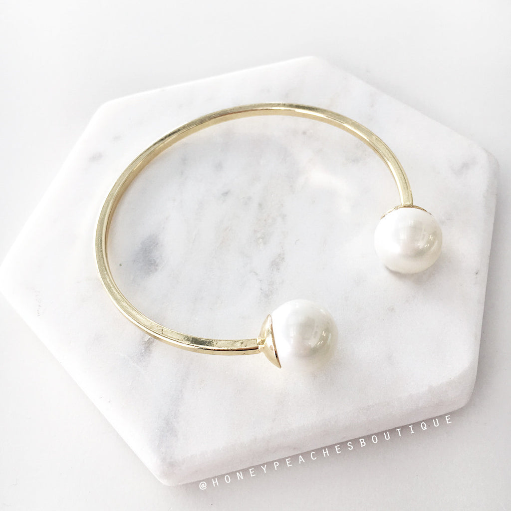 Audrey Pearl Bangle - Gold
