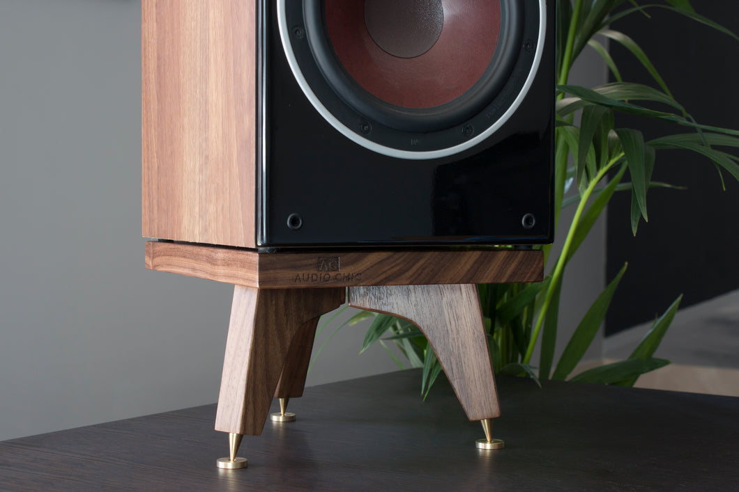 The Snipe Tri-Leg Bookshelf Speaker Stands 140mm high for bookshelf or desk speakers