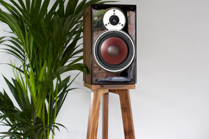 Dali Bookshelf loudspeakers Seamlessly fitted to the top of Audio Chic Heron Hardwood Speaker Stand
