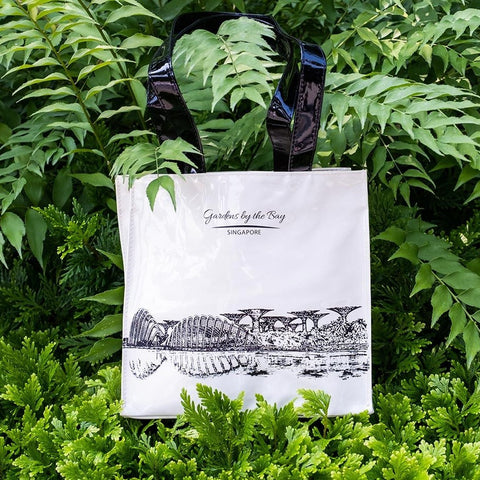 Gardens by the Bay - Ladies Collection - PVCTOTEBAGGARDENSBYTHEBAYSCENERY_CREAM