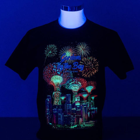 Gardens by the Bay - Glow-in-the-dark T-Shirt Collection - SUPERTREES FIREWORKS WITH CITY SKYLINE GLOW MEN'S T-SHIRT (BLACK)