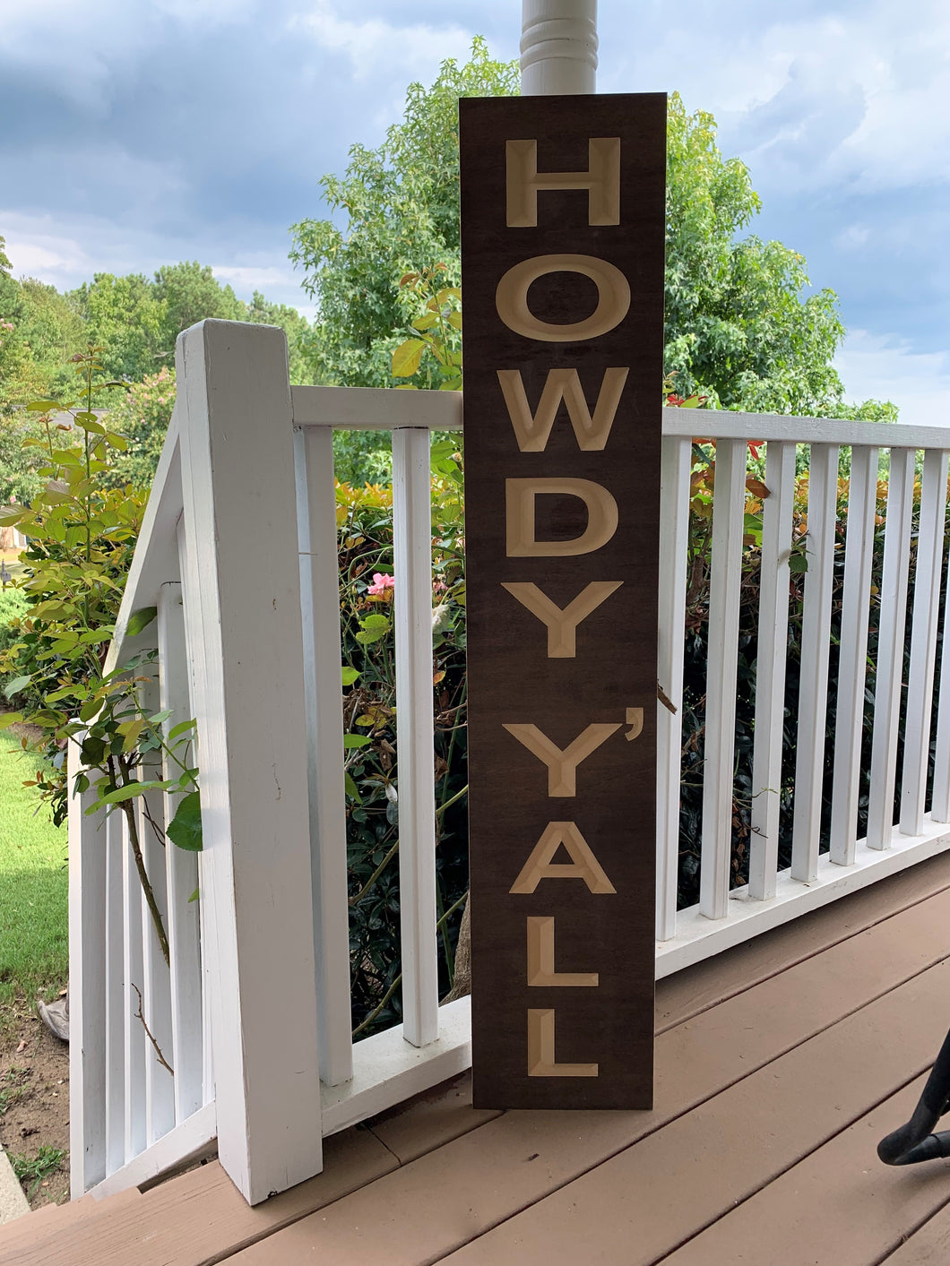 Wooden Welcome Sign - Howdy Y'all