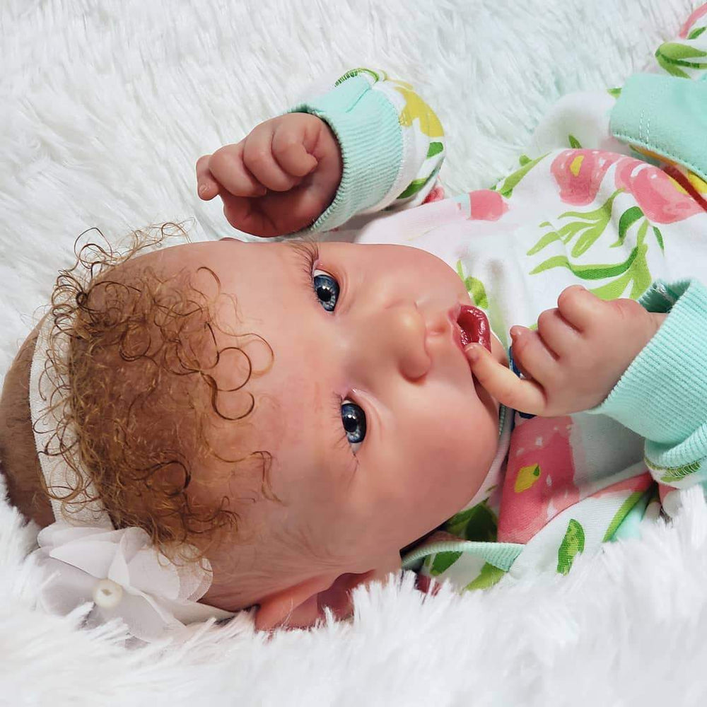 Realistic 22''Little Cute Erika Reborn Baby Doll Girl