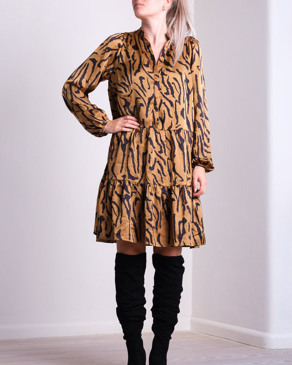 Federica Satin Zebra Dress (210 BROWN)