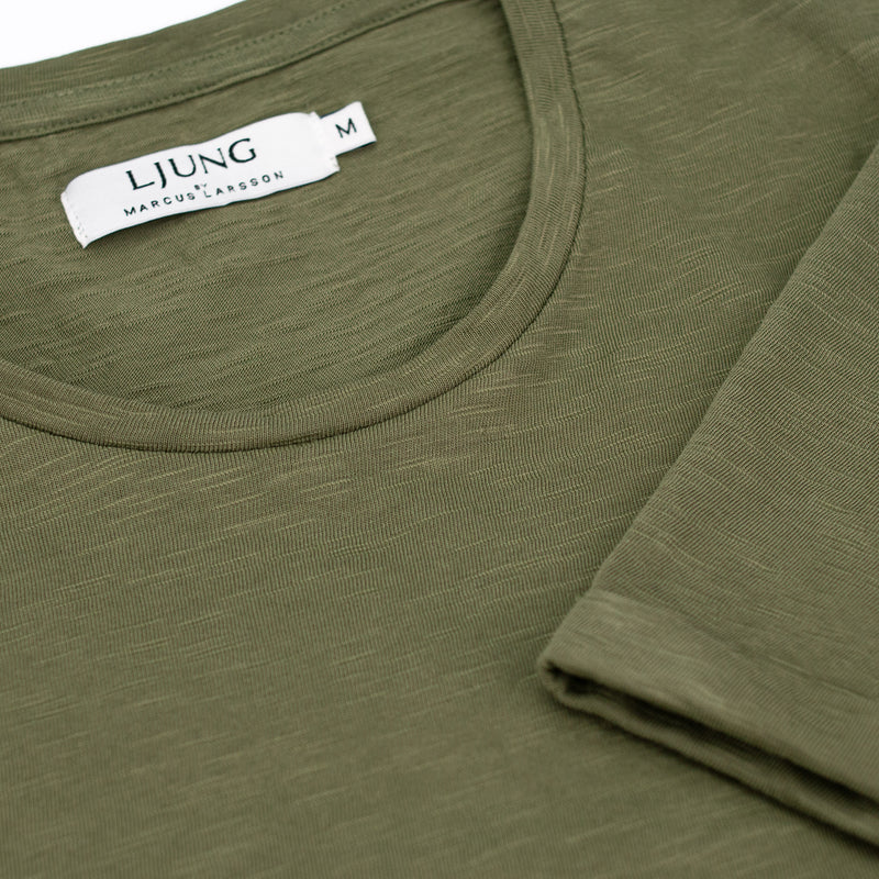 Core Tee (Khaki green)