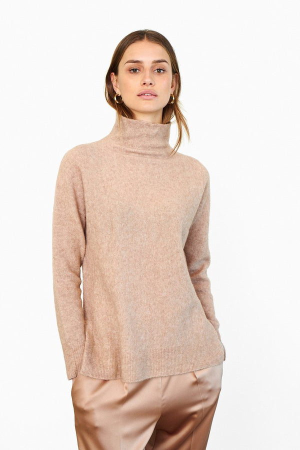 Alena Knit T-Neck (6016 Camel)