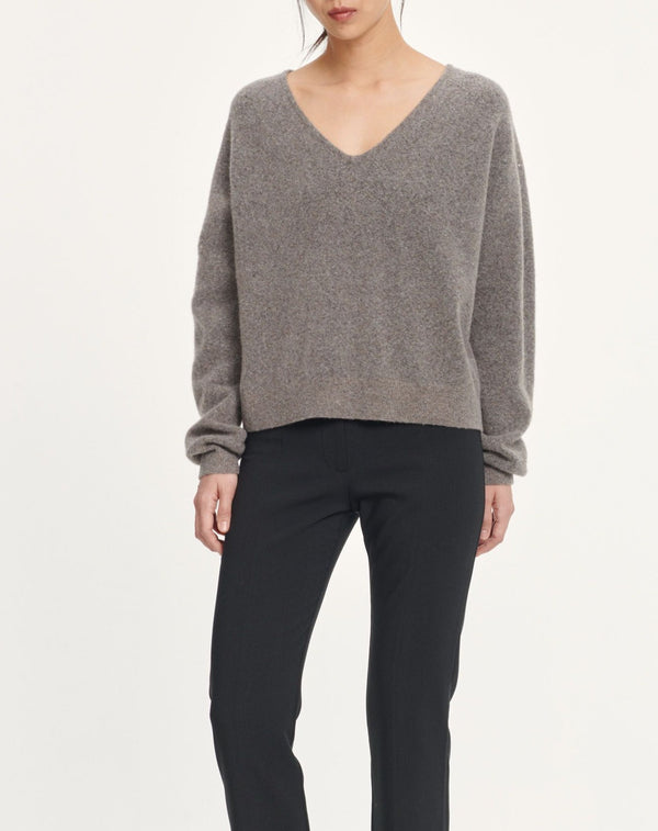 Frances v-neck 12756 (00068 WARM GREY MEL.)