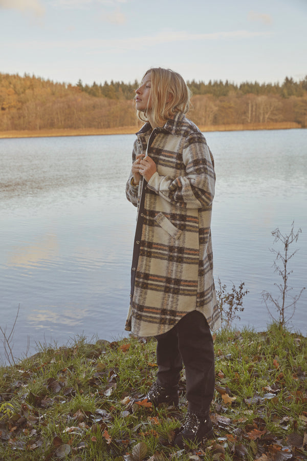 Krista long shirt (Beige check)