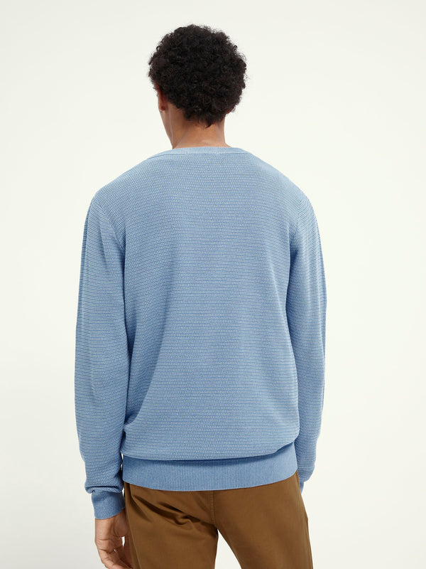 Classic crewneck pull in structured knit (4206)