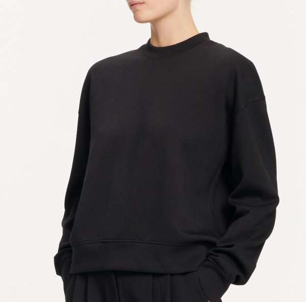 Kelsey crew neck 9658 (BLACK)