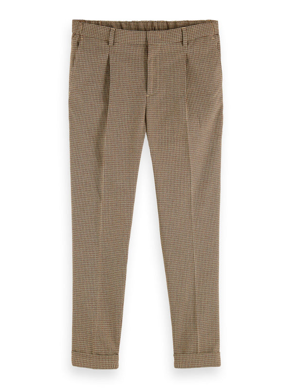 BLAKE- Classic structured yarn-dyed pleated chino (Combo C) - D.O Design Only