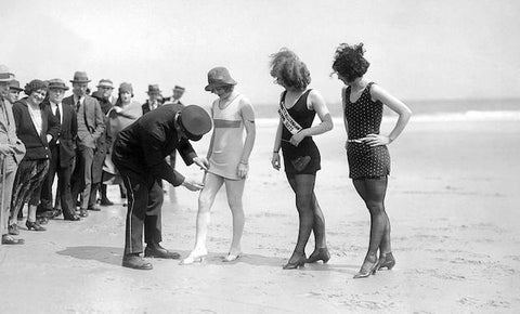 Vintage Style Swimsuits | The History of the Bikinis