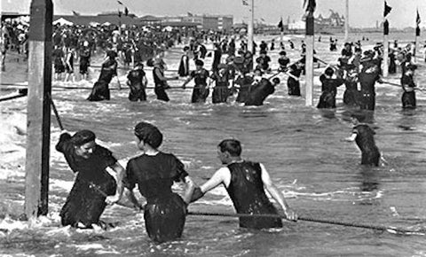 Victorian Swimsuits | The History of the Bikinis