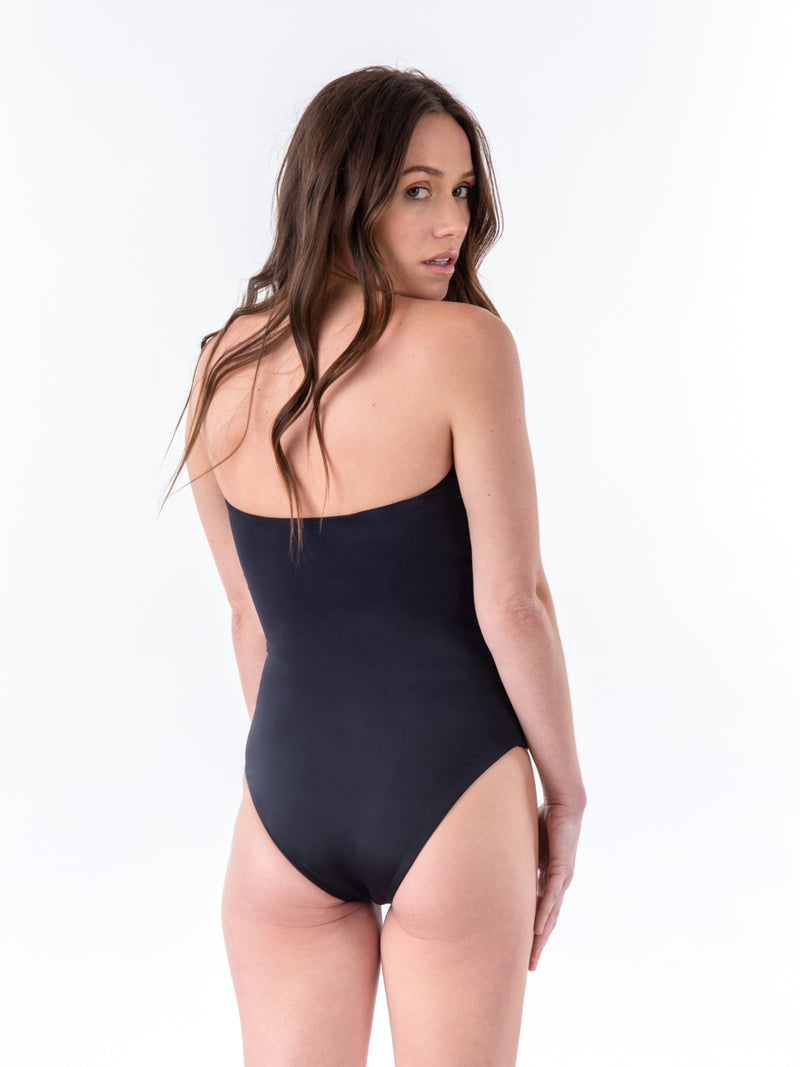 PUERTO ALEGRE ONE-PIECE