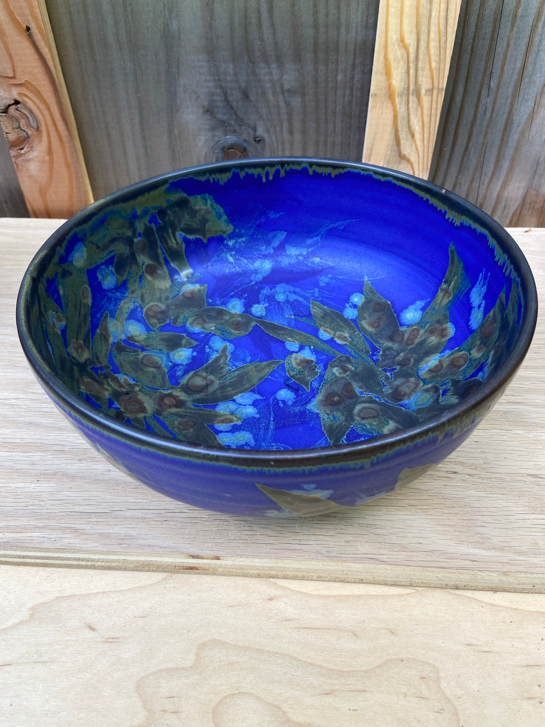 Flat sided serving bowl